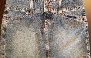 Juniors sz 7 LEI denim mini skirt